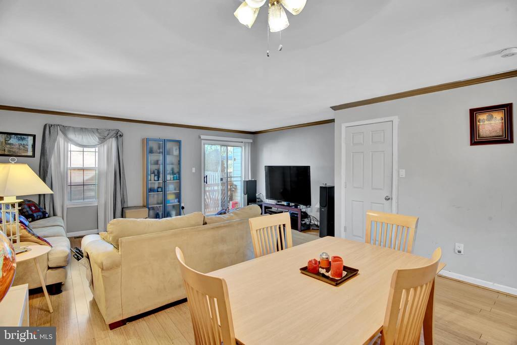 Dining Room 3 - Looking toward Living Room - 17892 LOUNSBERY DR, DUMFRIES