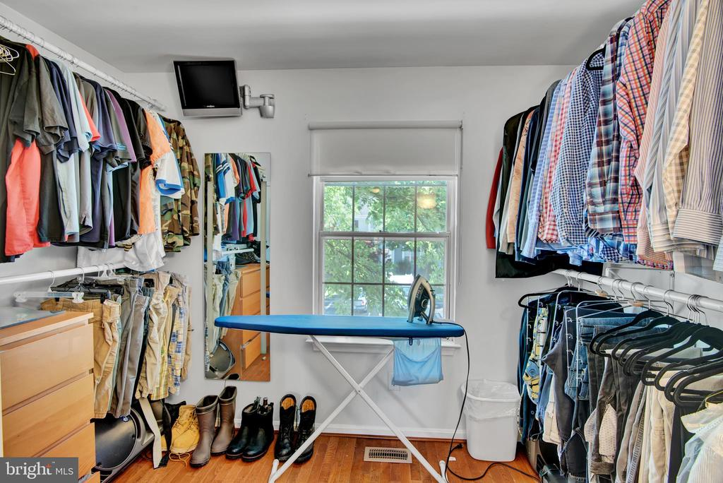 Bedroom 3 (Used as Closet) - 17892 LOUNSBERY DR, DUMFRIES