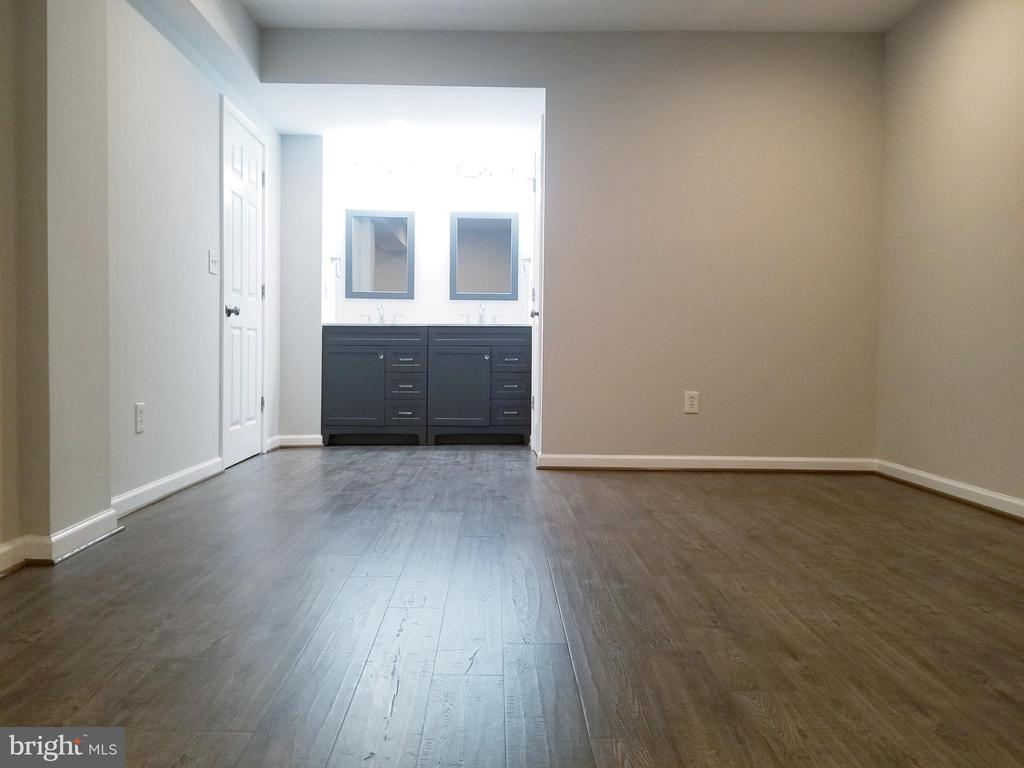 Lower Level Living Area toward Vanity - 1005 50TH ST NE, WASHINGTON