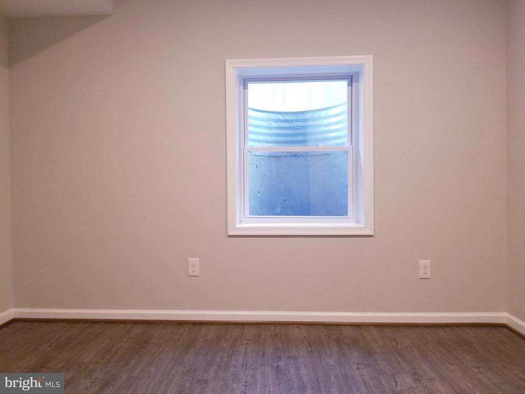 Lower Level Bedroom - 1005 50TH ST NE, WASHINGTON