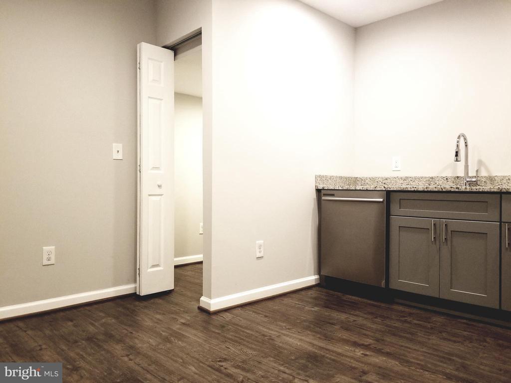 Lower Level Kitchenette Area - 1005 50TH ST NE, WASHINGTON
