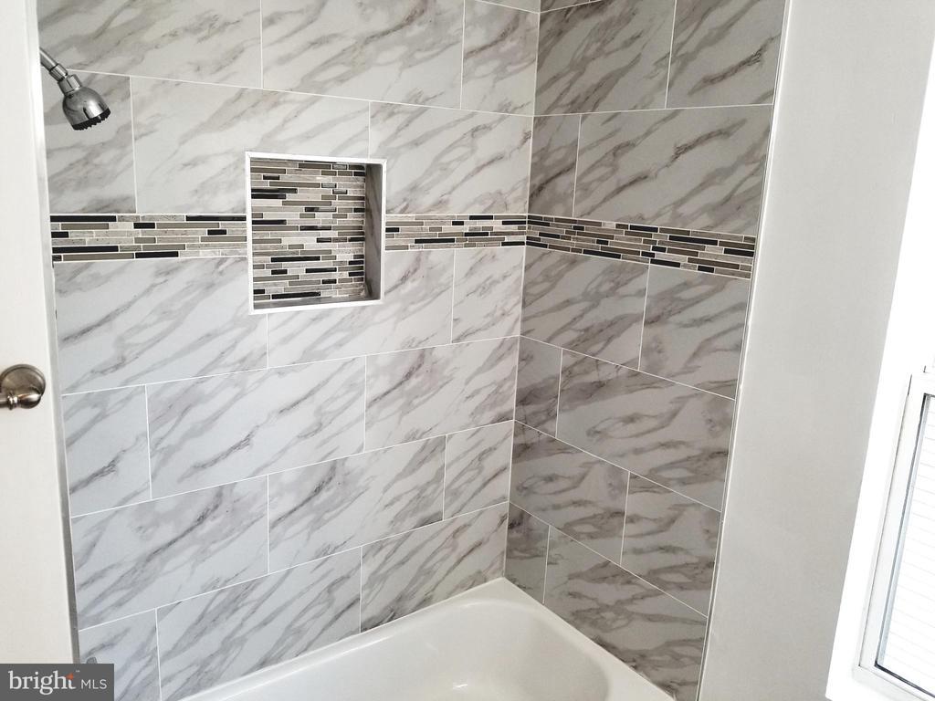 Master Bathroom - 1005 50TH ST NE, WASHINGTON