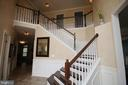 2 story foyer is a grand entrance to home - 47429 RIVER FALLS DR, STERLING