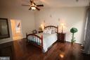 Master bedroom - 47429 RIVER FALLS DR, STERLING
