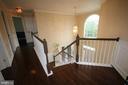 Upper level hallway - 47429 RIVER FALLS DR, STERLING