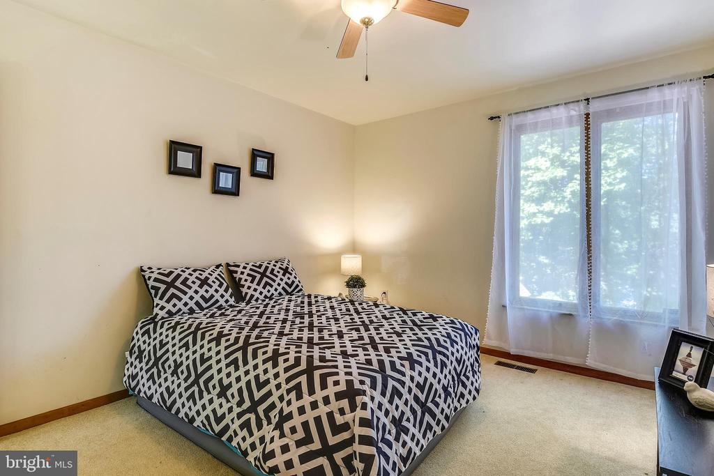 Second bedroom on main level, with a view - 15795 FAWN PL, DUMFRIES