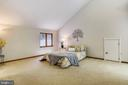 Such a HUGE room! - 15795 FAWN PL, DUMFRIES
