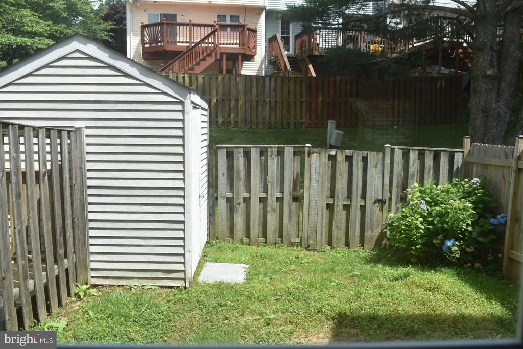 Storage shed in the backyard - 12243 GRANADA WAY, WOODBRIDGE