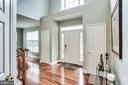Light filled and welcoming - 43221 DARKWOODS ST, CHANTILLY