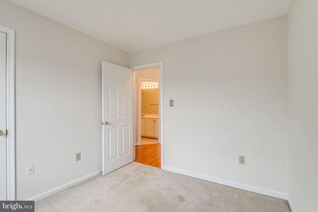 Third Bedroom - 47383 DARKHOLLOW FALLS TER, STERLING