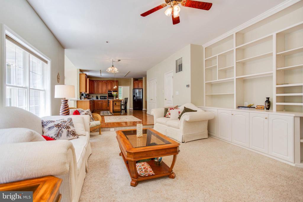 Living Room - 6711 HUNTERS RIDGE RD, MANASSAS