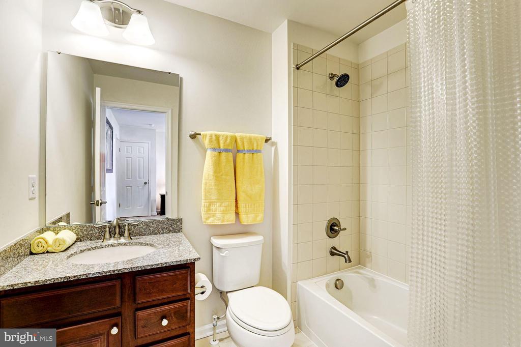 Bathroom 3 - 12290 CRANFORD DR, WOODBRIDGE