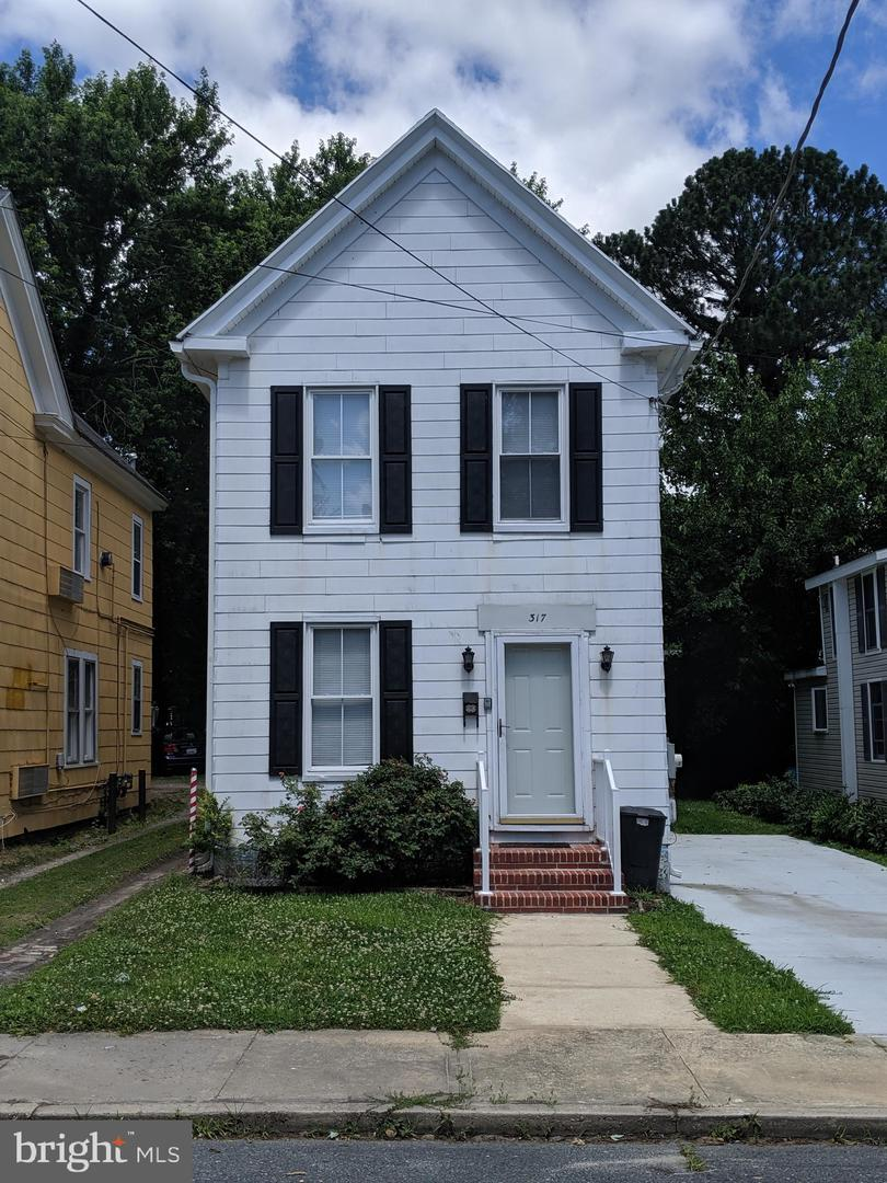 Single Family for Sale at 317 West End Ave Cambridge, Maryland 21613 United States