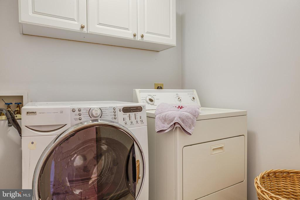 Separate 2nd Floor Laundry away from Bedrooms - 21 AQUIA CREST LN, STAFFORD