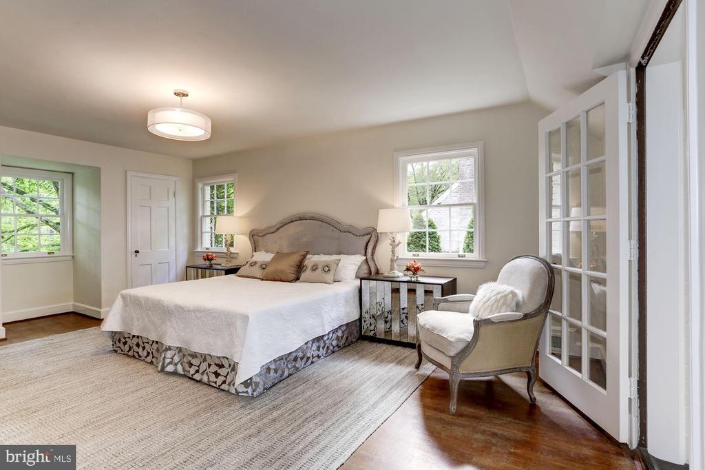 2nd Level Master Bedroom with Balcony - 4649 GARFIELD ST NW, WASHINGTON