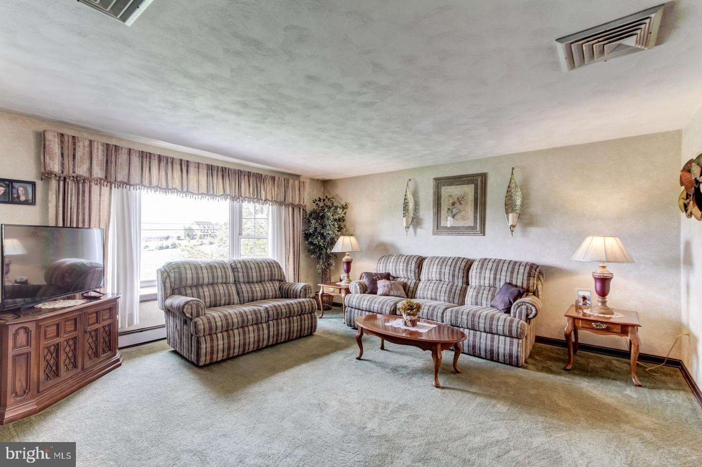 710 WINTERSTOWN ROAD , RED LION, Pennsylvania image 2