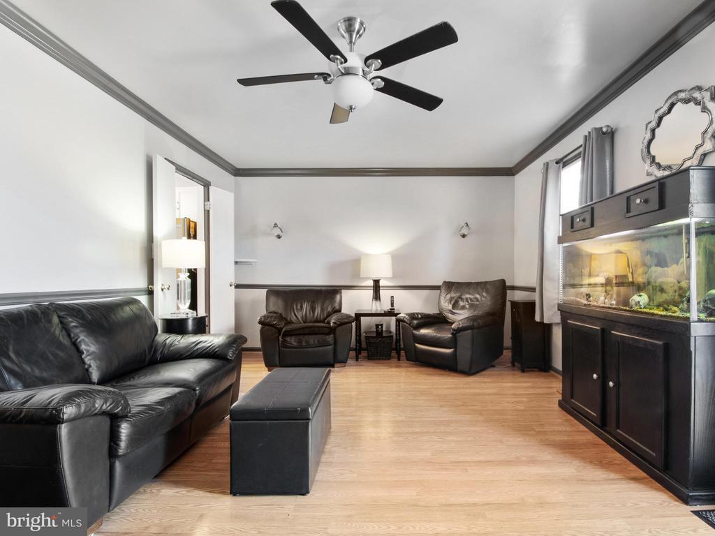 Living Room - 9168 KERSHAW CT, MANASSAS