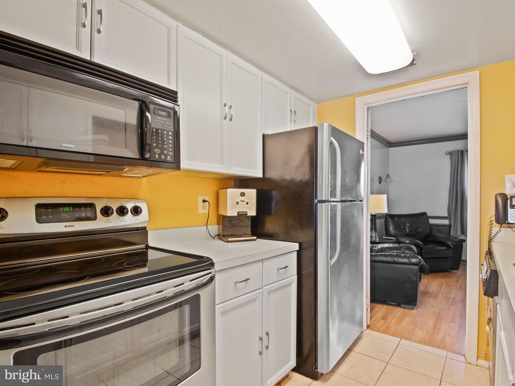 Kitchen - 9168 KERSHAW CT, MANASSAS