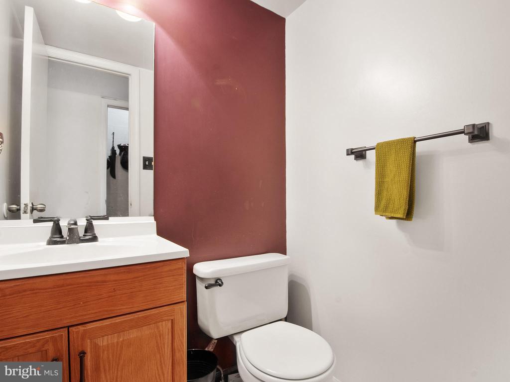 Powder Room - 9168 KERSHAW CT, MANASSAS