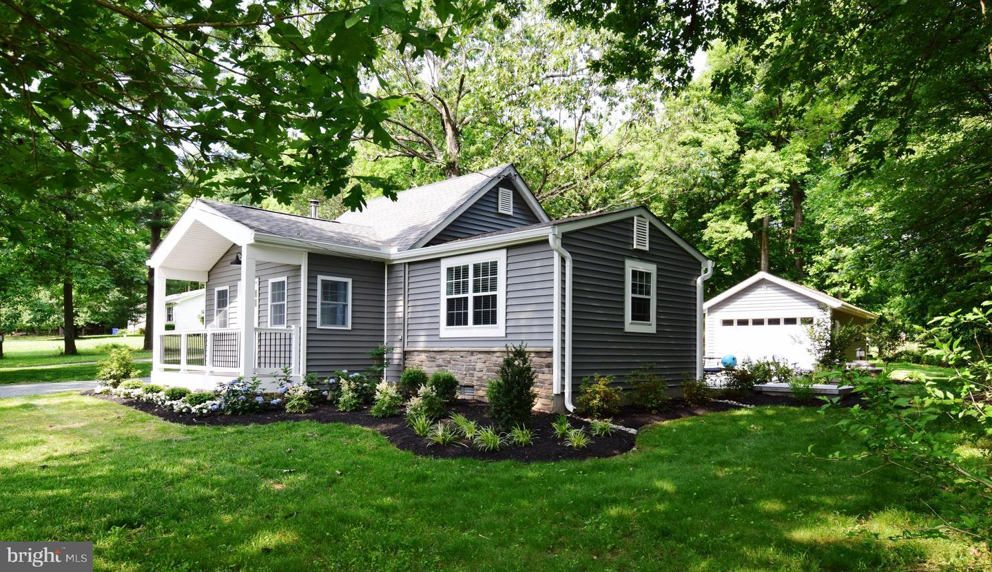 Single Family for Sale at 13779 Old Rover Rd West Friendship, Maryland 21794 United States