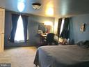 Master Bedroom - 105 HILL ST, MOUNT AIRY