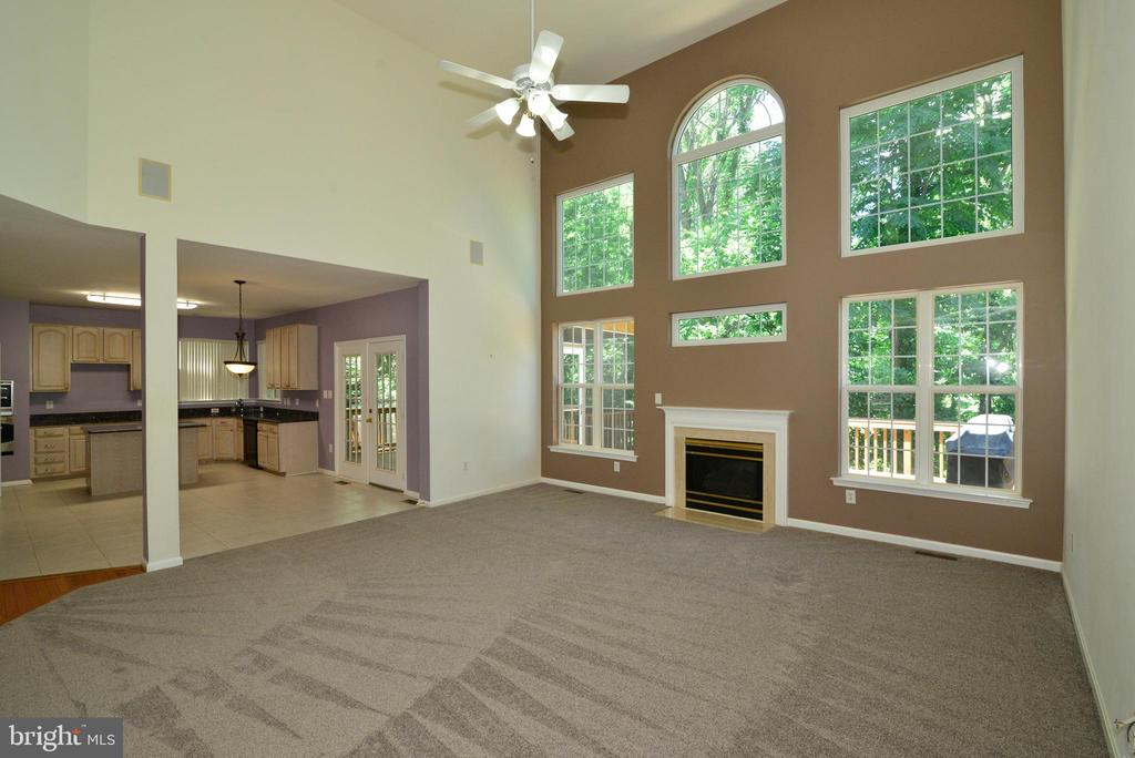 New carpeting on main level - 416 LAWFORD DR SW, LEESBURG
