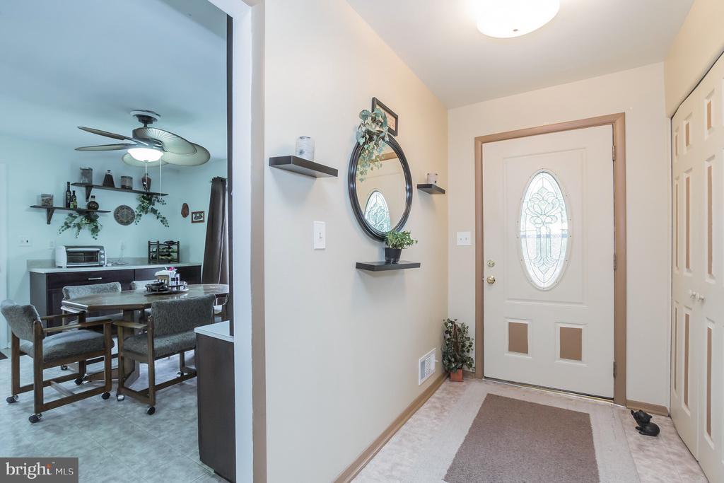 Entry Foyer - 713 CARTER RD, ROCKVILLE