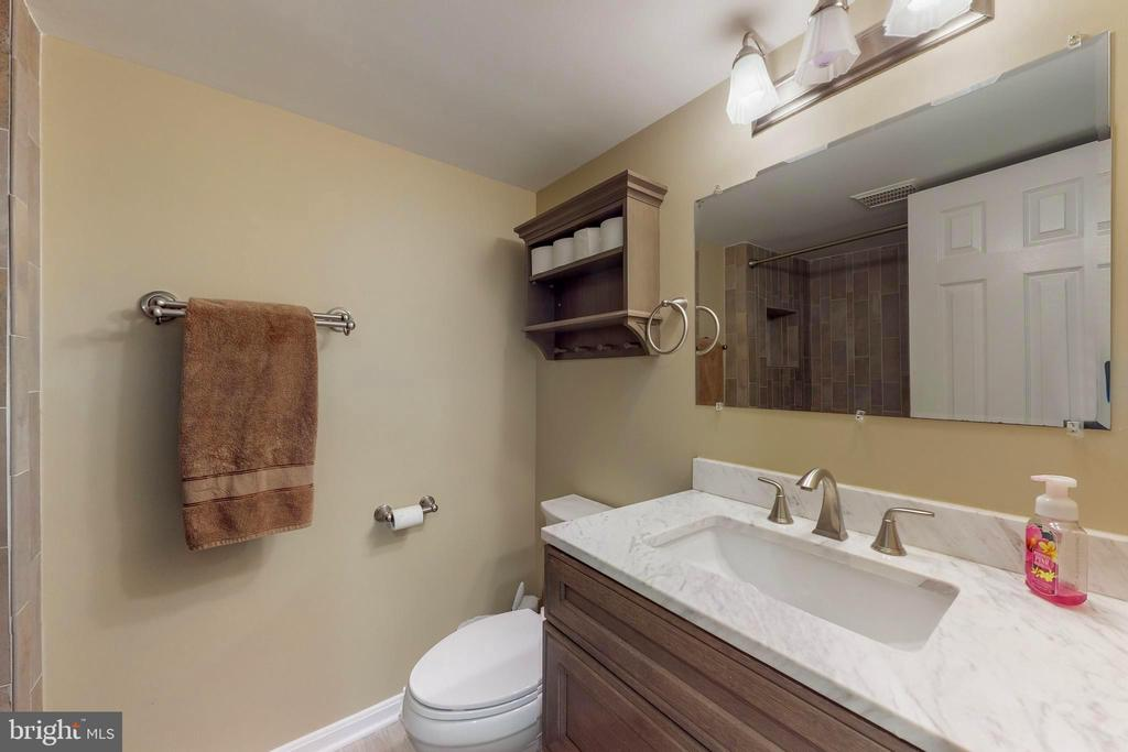 Updated Lower Level FULL Bathroom - 11707 OLD BAYBERRY LN, RESTON