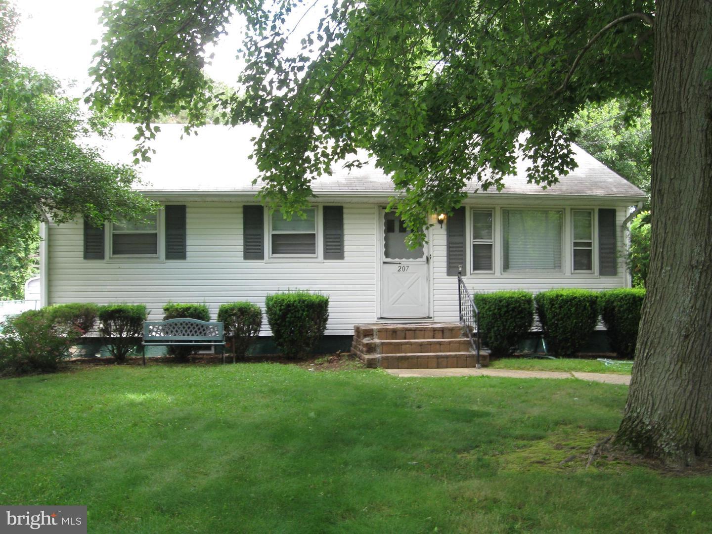 Single Family Homes для того Продажа на Wrightstown, Нью-Джерси 08562 Соединенные Штаты