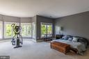 Owners' Suite with adjacent sitting area - 4524 MOSSER MILL CT, WOODBRIDGE