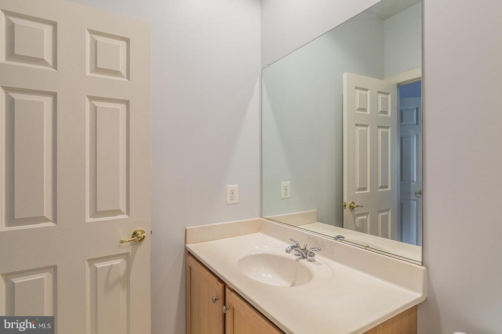 Bathroom 2 - 4524 MOSSER MILL CT, WOODBRIDGE