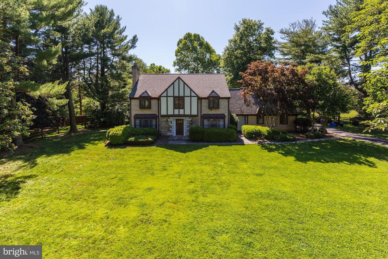 Single Family for Sale at 12800 Brushwood Ter Potomac, Maryland 20854 United States