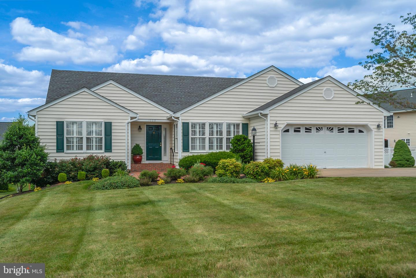 Single Family for Sale at 1008 Golf Dr Culpeper, Virginia 22701 United States