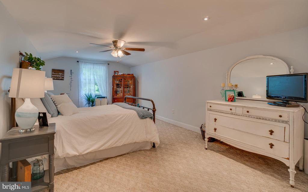 4rd bedroom! - 134 WALLER POINT DR, STAFFORD