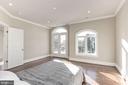 Some bedrooms feature balconies - 2015 ARLINGTON RIDGE RD, ARLINGTON