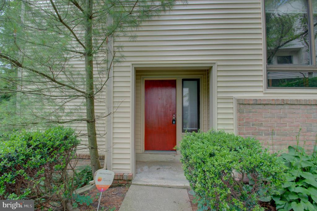 9739  LAKE SHORE DRIVE, Gaithersburg in MONTGOMERY County, MD 20886 Home for Sale