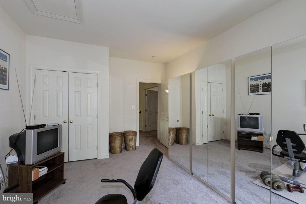 Second Bedroom - 1019 CURTIS PL, ROCKVILLE