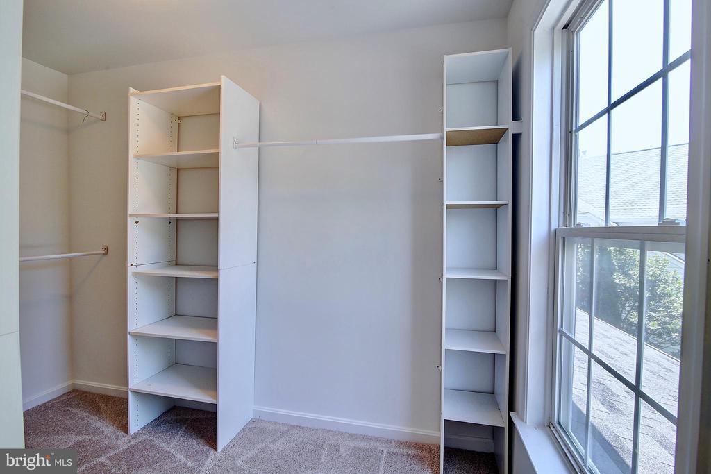 2nd Bedroom Walk-in Closet - 21368 STURMAN PL, BROADLANDS