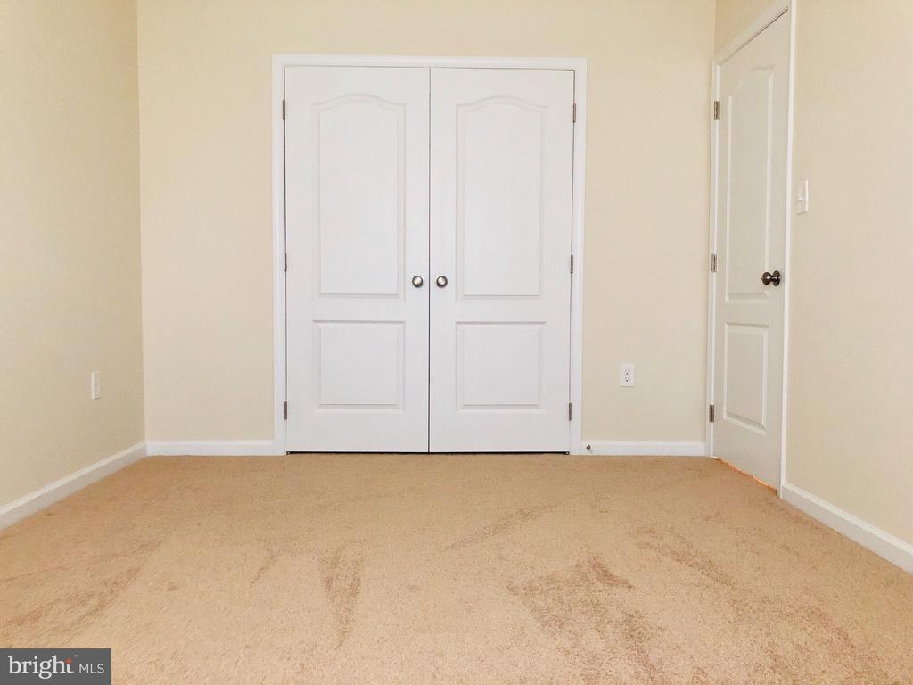 5TH BEDROOM BASEMENT - 5 DARDEN CT, STAFFORD