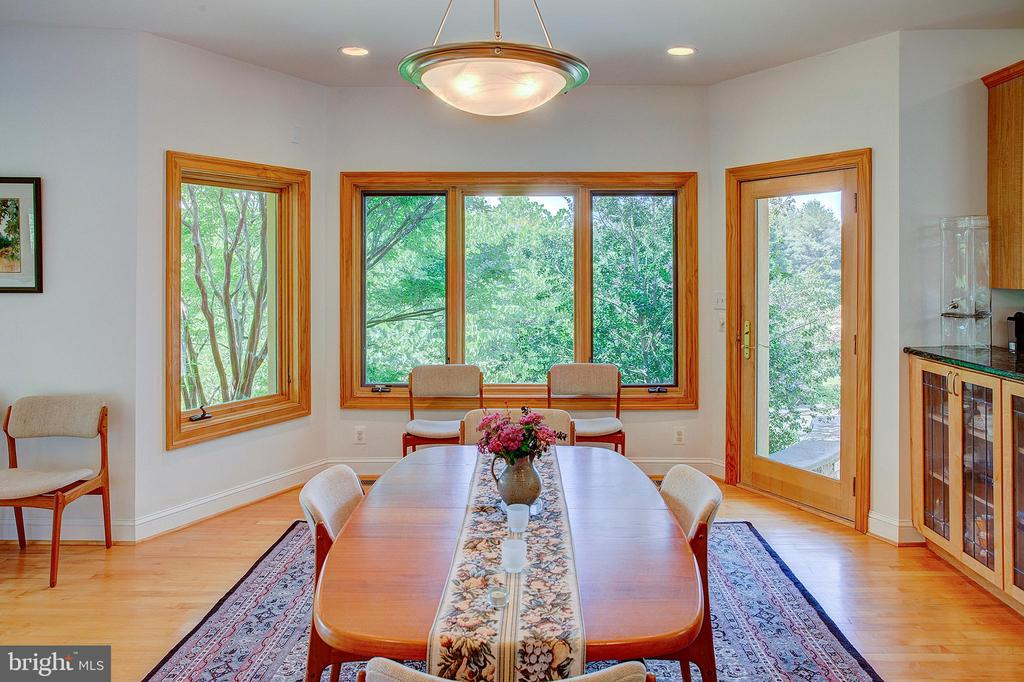 Dining room views - 20781 UNISON RD, ROUND HILL
