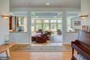 Open plan with main level living - 20781 UNISON RD, ROUND HILL