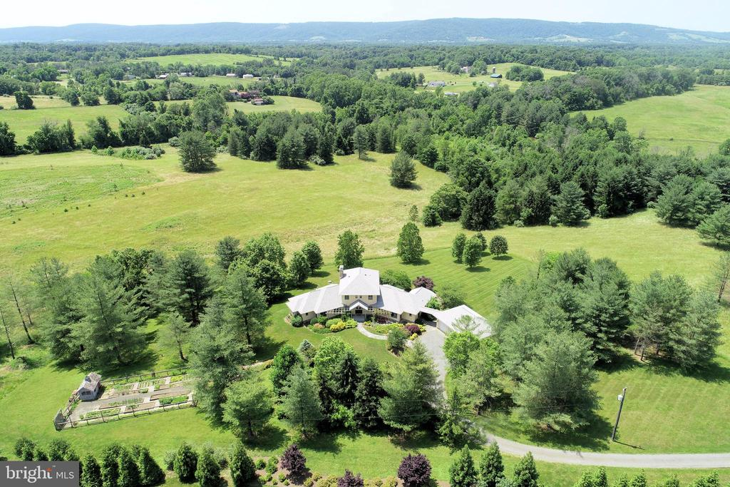 Aerial view! - 20781 UNISON RD, ROUND HILL