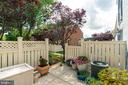 Patio with courtyard views - 1485 N VAN DORN ST #A, ALEXANDRIA