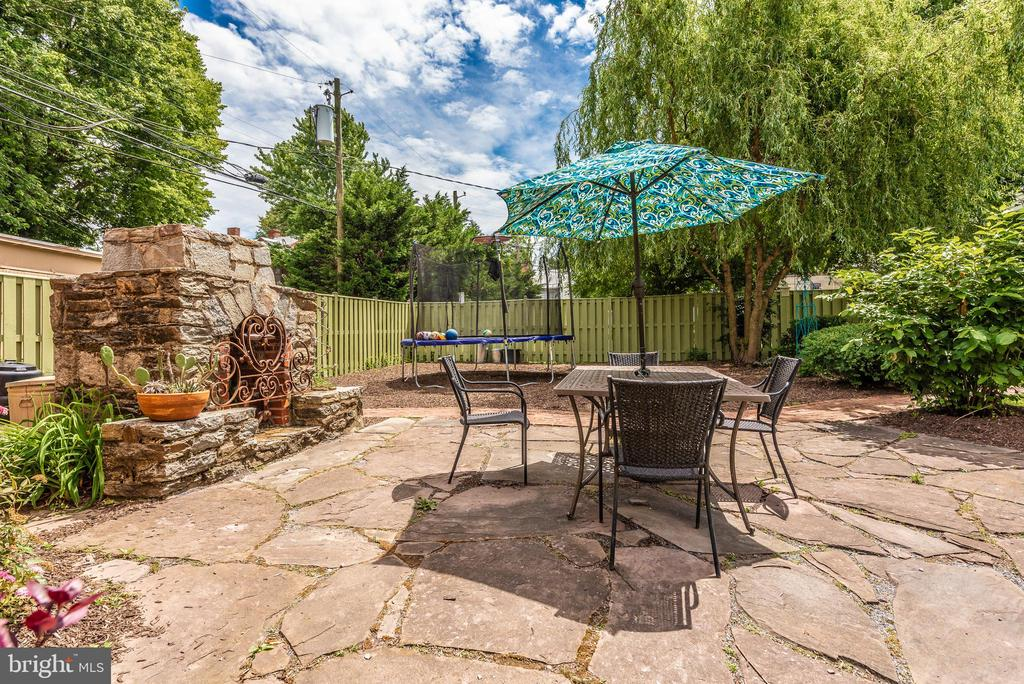 Stone patio w/outdoor fireplace! - 203 ROCKWELL TER, FREDERICK