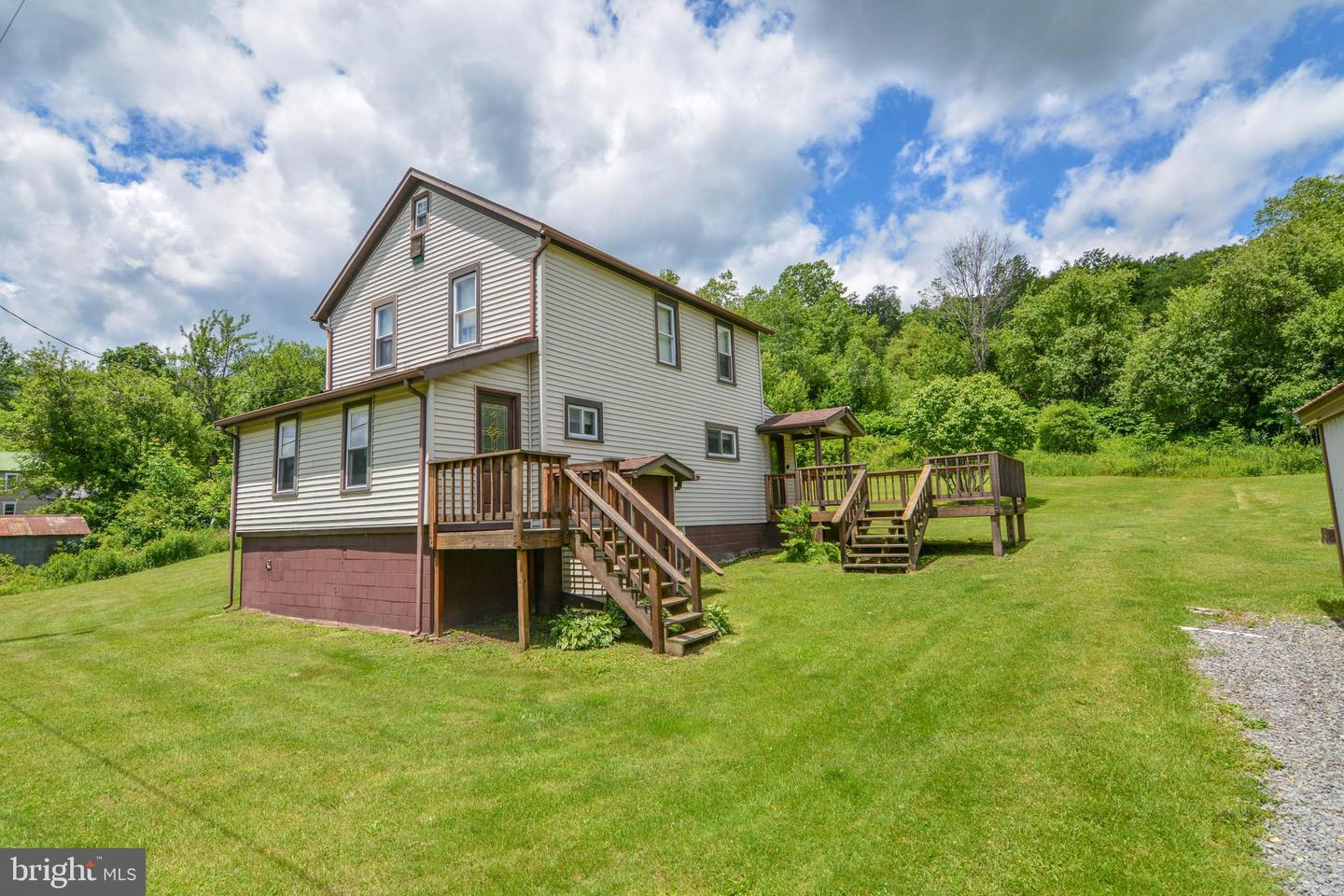 Single Family for Sale at 455 Kempton Rd Oakland, Maryland 21550 United States