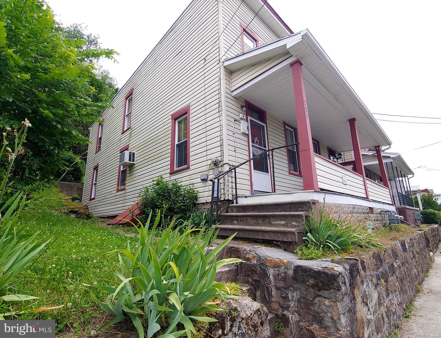 Single Family for Sale at 225 Independence St Cumberland, Maryland 21502 United States