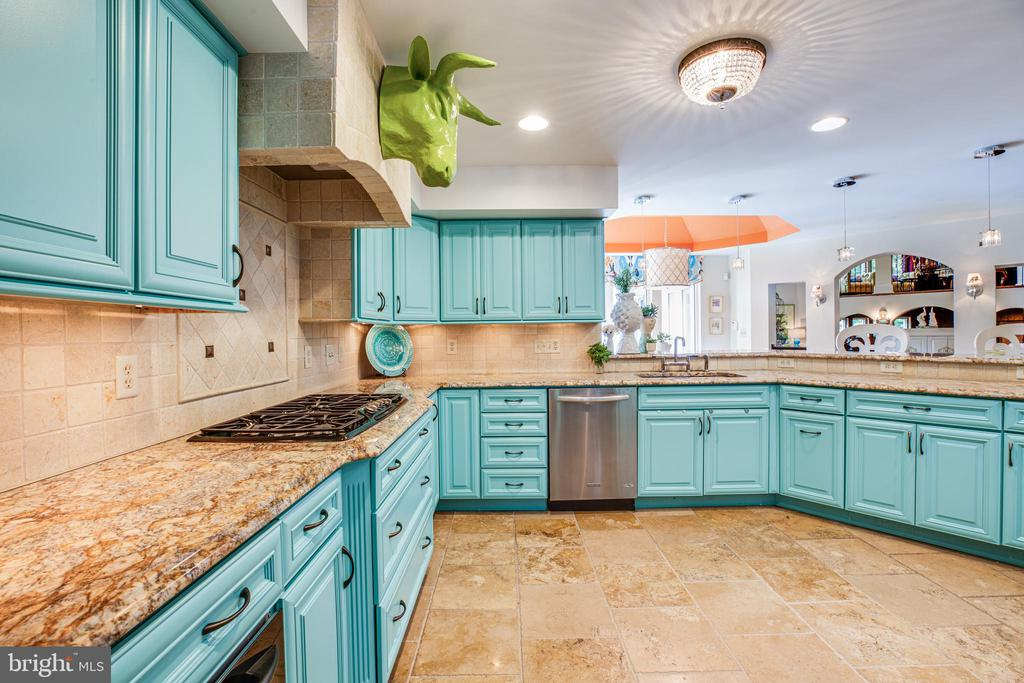 Granite Countertops - 909 MADISON ST, FREDERICKSBURG