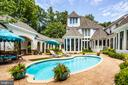 Private in ground pool - 909 MADISON ST, FREDERICKSBURG