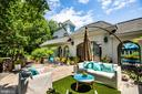 Plenty of outdoor spaces - 909 MADISON ST, FREDERICKSBURG