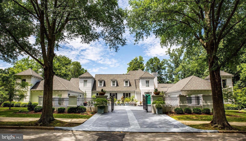 Fredericksburg                                                                      , VA - $1,650,000